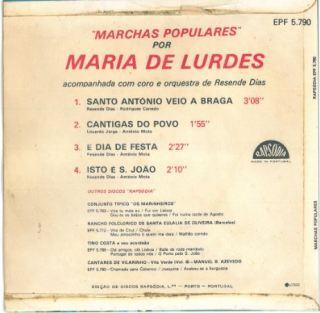 Capa T Maria